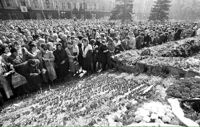 People Pay Tribute To Victims Of April 9 Tragedy