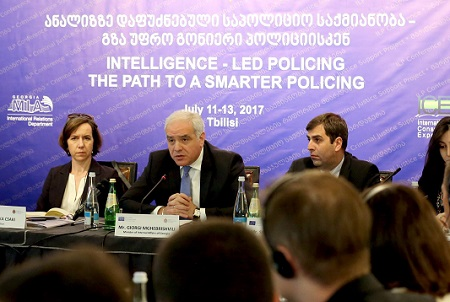 Minister informs European experts on Georgian analyses-based police